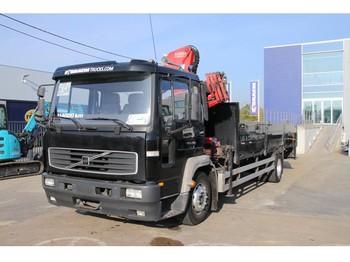 Ciężarówka burtowa Volvo FL240 - HMF 913 K4