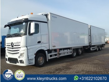 Ciężarówka chłodnia Mercedes-Benz ACTROS 2543 6x2*4 chereau voith