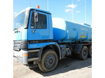 Mercedes 3331 - ciężarówka cysterna