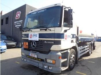 Ciężarówka cysterna Mercedes-Benz Actros 2640 20000 L 5compartment