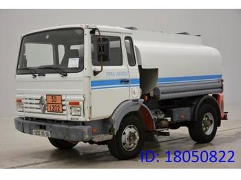 Ciężarówka cysterna Renault Midlum 110