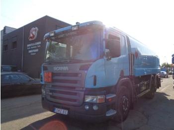 Ciężarówka cysterna Scania P 340 18000 L top 4 compartments