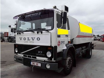 Volvo F 7 15000L 5 compartiments - ciężarówka cysterna