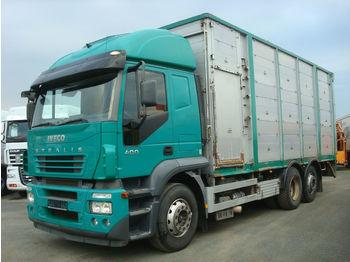 Ciężarówka do przewozu zwierząt Iveco Stralis 400 - KÖPF 3-Stock Viehaufbau