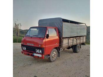 TOYOTA Dyna BU30 / 300 left hand drive 3.0 diesel 5.5 ton - ciężarówka do przewozu zwierząt