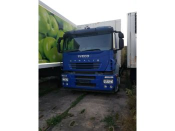 Ciężarówka furgon Iveco STRALIS