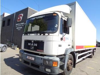 Ciężarówka furgon MAN 18.264