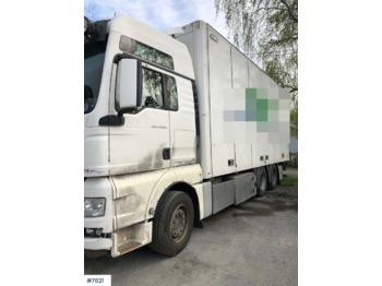 Ciężarówka furgon MAN TGX26.540
