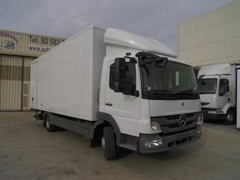 Mercedes Benz Atego 818 - ciężarówka furgon