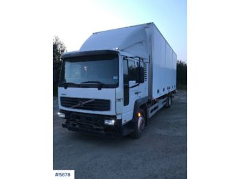 Volvo FL6 - ciężarówka furgon