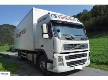Ciężarówka furgon Volvo FM340