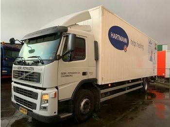 Ciężarówka furgon Volvo FM9-300