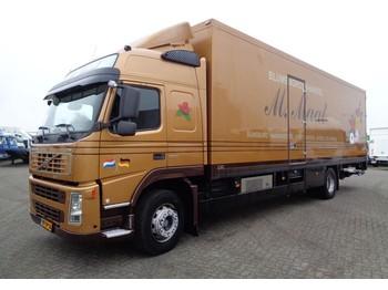 Ciężarówka furgon Volvo FM9.300 + LIFT