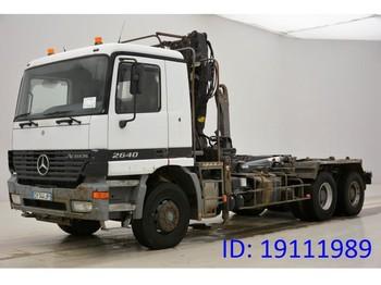 Ciężarówka hakowiec Mercedes-Benz Actros 2640 - 6x4