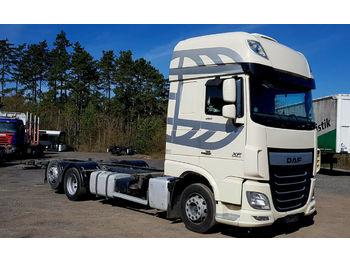 Ciężarówka kontenerowiec/ system wymienny DAF XF 105.460