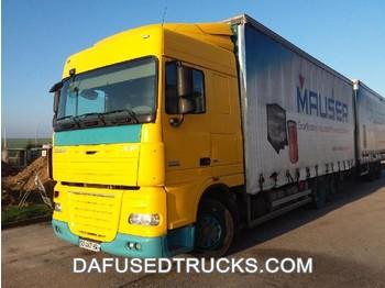 Ciężarówka plandeka DAF FAR XF105.460