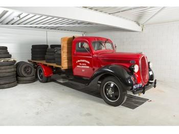 Ciężarówka platforma Ford MODEL 7 FLAT BED TRUCK