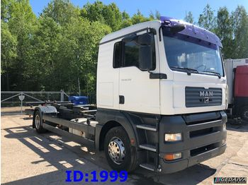 Ciężarówka platforma MAN TGA 18.350 Only 250 tkm school truck