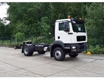 Ciężarówka podwozie MAN TGM 13.240 BL 4x4 CHASSIS CABIN
