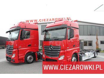 MERCEDES-BENZ Actros 1833 E6 4x2 Low-Deck Mega BDF chassis 5,8m - ciężarówka podwozie