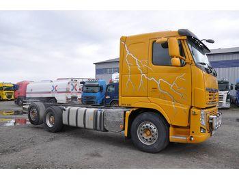 VOLVO FH16 700 - ciężarówka podwozie