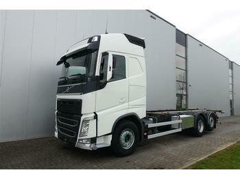 Volvo FH540 6X2 BDF RETARDER GLOBETROTTER EURO 5  - ciężarówka podwozie