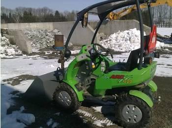 AVANT 220 - construction machinery