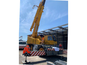 All terrain crane Grove GCK 3045