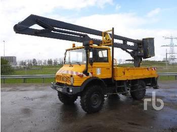 UNIMOG U1150L 4x4 w/EGI E216 - articulated boom