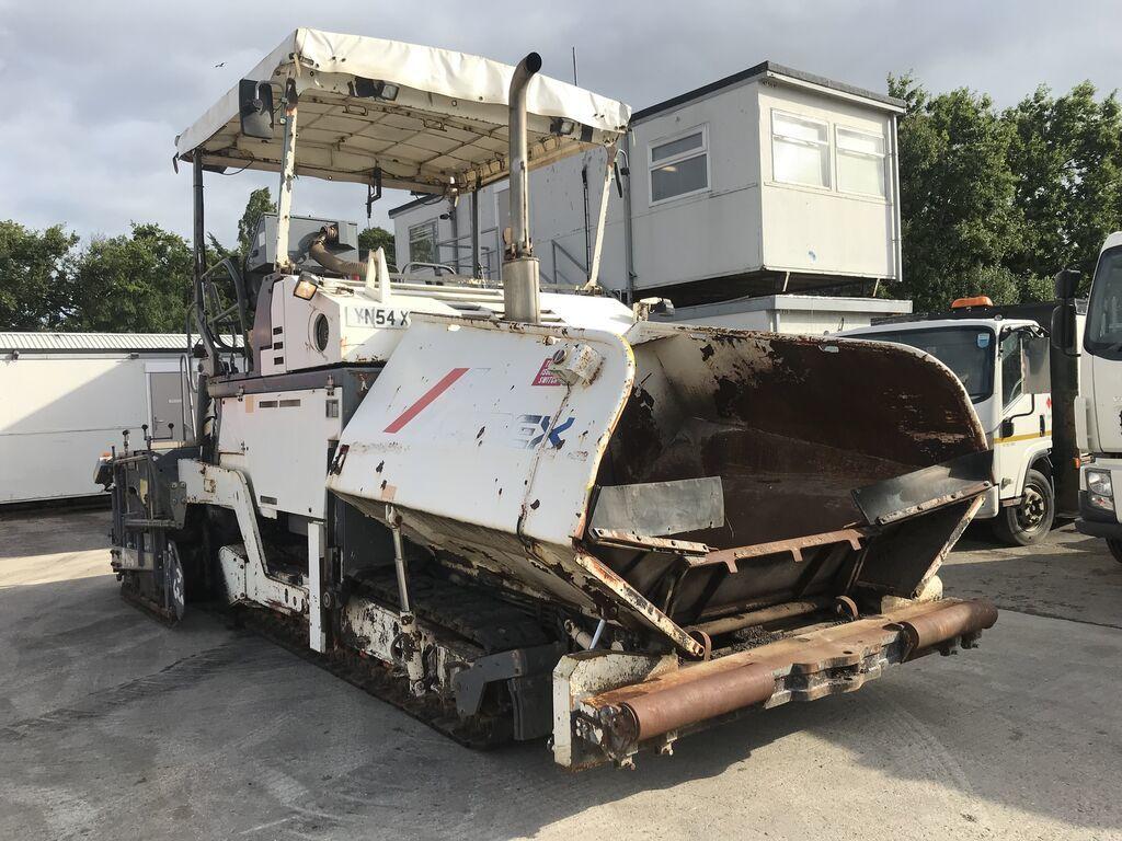 Asphalt paver VÖGELE Super 1900 - Truck1 ID: 3909495