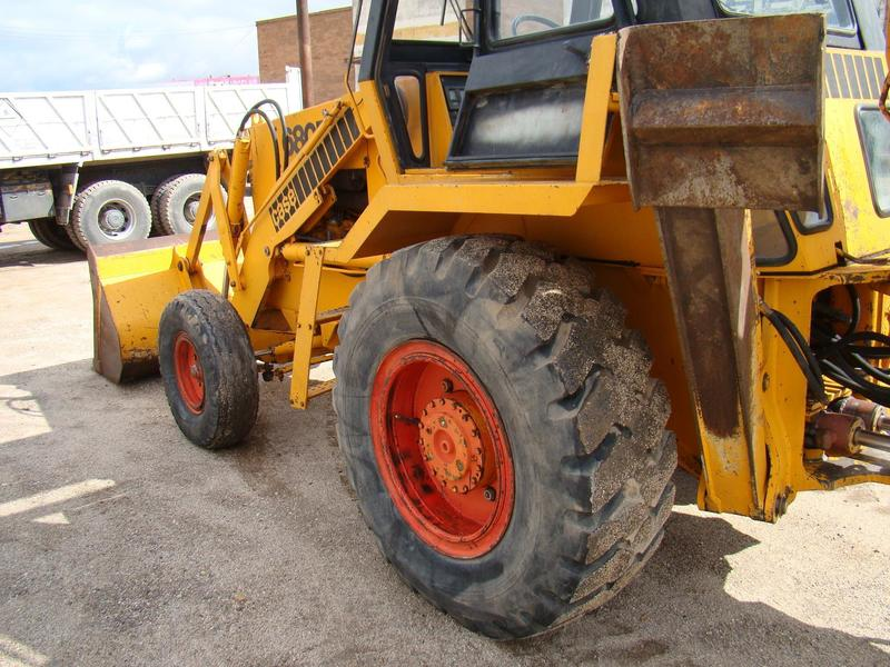 CASE 680 E backhoe loader from Spain for sale at Truck1, ID