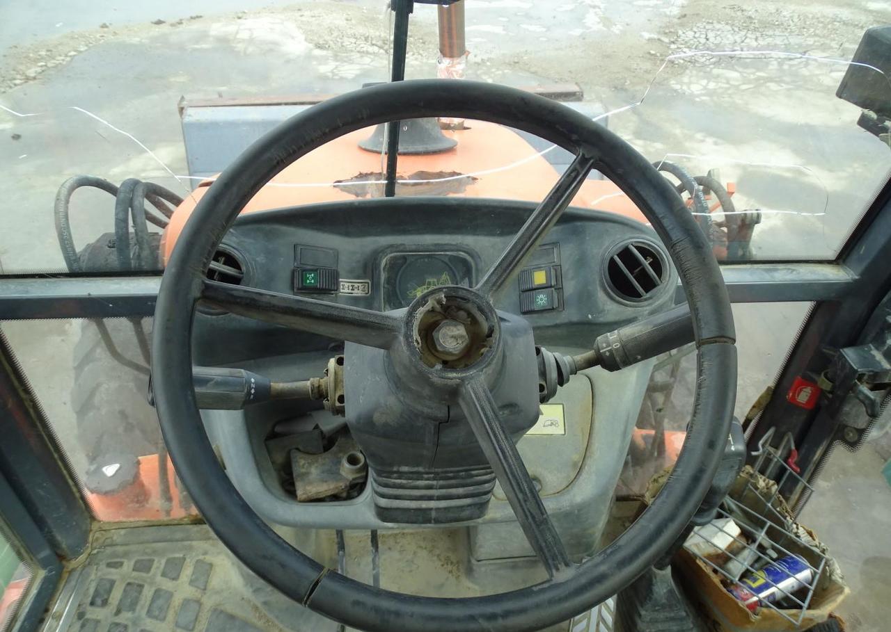 backhoe loader Fiat-Hitachi FB 90
