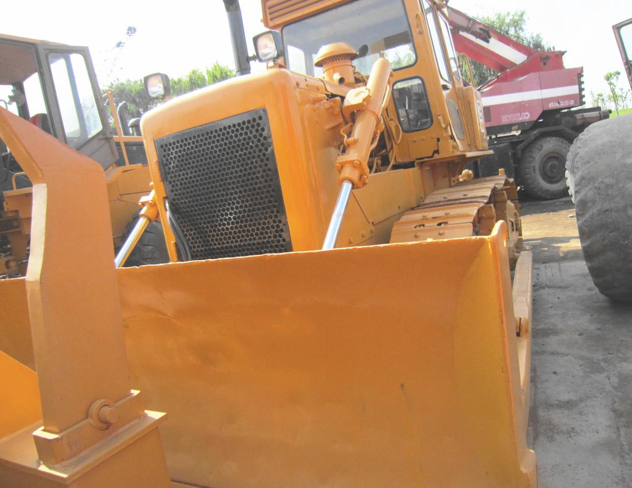 Bulldozer CATERPILLAR D6D - Truck1 ID: 3865162