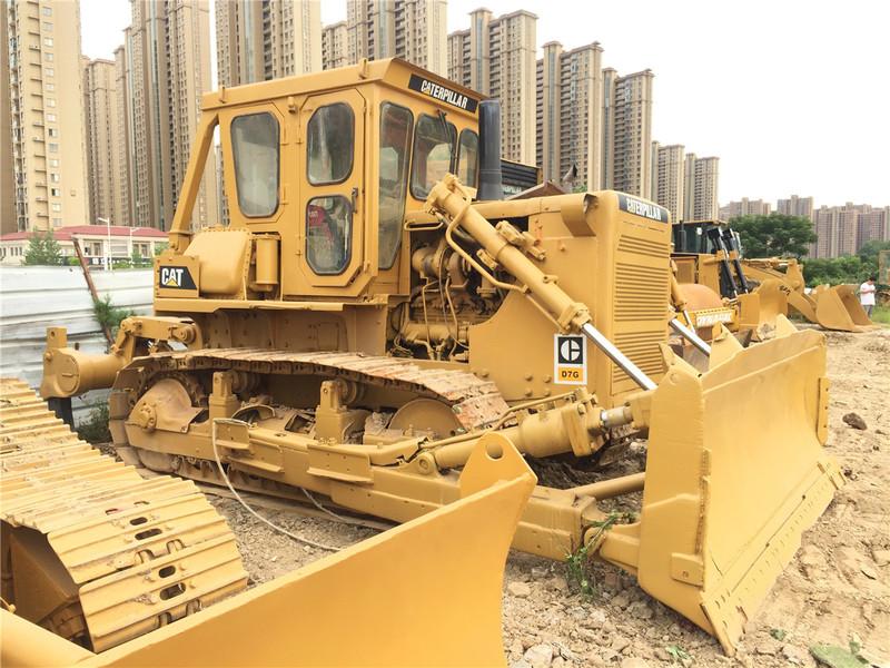 Bulldozer CATERPILLAR D7G - Truck1 ID: 3270027