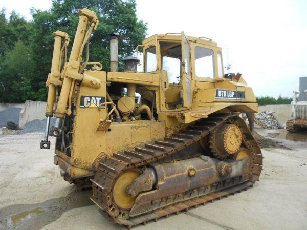 Bulldozer CAT D 7 H /ripper - Truck1 ID: 1707983