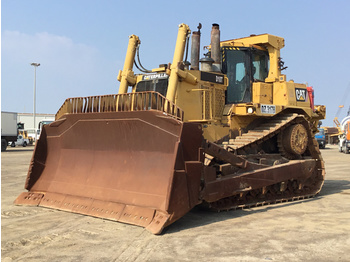 Cat D10T - bulldozer