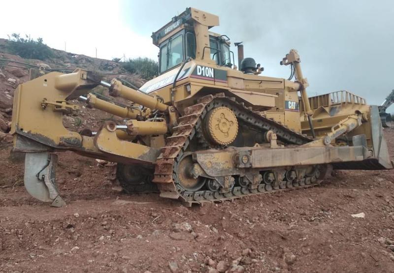 huge selection of 9ad1f 7279f Bulldozer Caterpillar D 10 N - Truck1 ID: 3520130