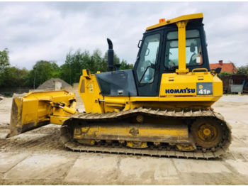 KOMATSU D85 bulldozer from United Arab Emirates for sale at Truck1