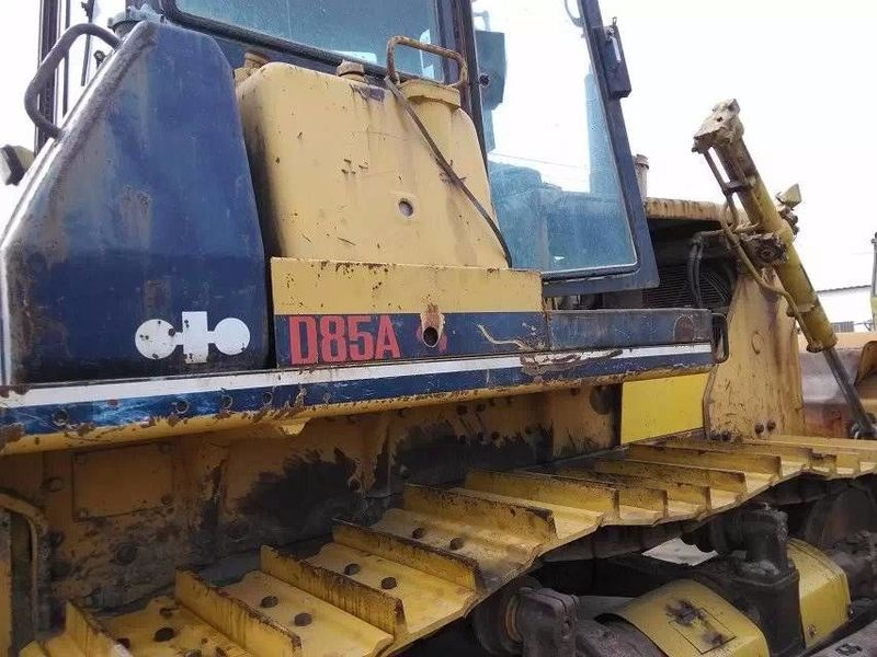 KOMATSU D85 bulldozer from China for sale at Truck1, ID: 2379596