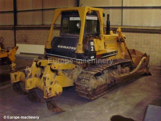 Bulldozer Komatsu D85 A21 - Truck1 ID: 802330