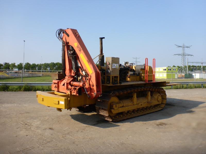 Construction machinery Caterpillar D6C - Truck1 ID: 2548819