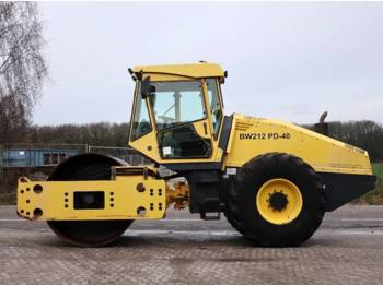 BOMAG BW212 PD-40  - compactor