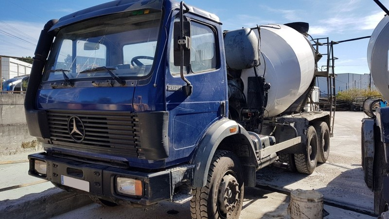 camion hormigonera mercedes benz 2629 6x4 1991 8m3 concrete mixer from spain for sale at truck1. Black Bedroom Furniture Sets. Home Design Ideas