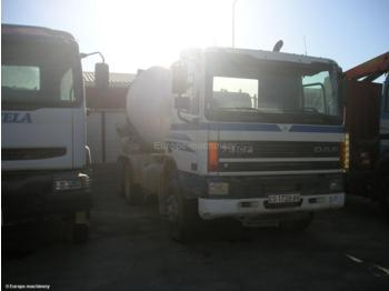 Concrete mixer Daf 75 CF: picture 1