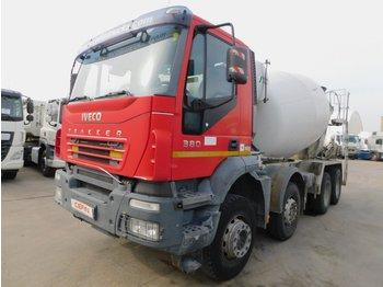 Concrete mixer Iveco Ad340t38b