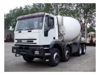 Concrete mixer Iveco MP340E34: picture 1