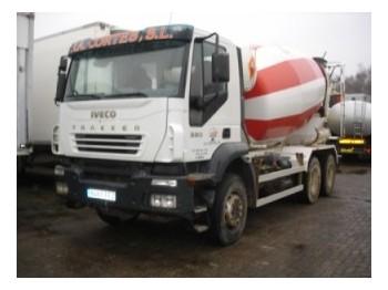 Iveco Trakker 260T38 AD 6x4 - concrete mixer