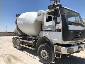 Concrete mixer Mercedes Actros 3031
