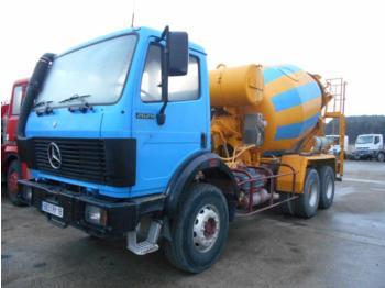 Concrete mixer Mercedes SK 2629