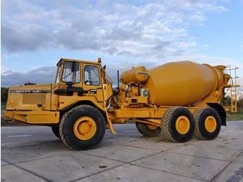 Volvo A25 - LIEBHERR 9M3 MIXER Top condition  - concrete mixer